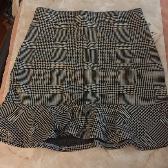Forever 21 Dresses & Skirts - Forever21 mini skirt